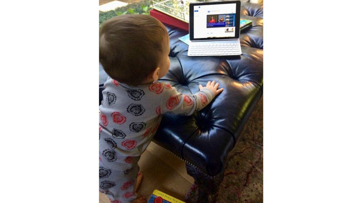 Anne Hathaway publie la toute première photo de son fils Jonathan, il est chou