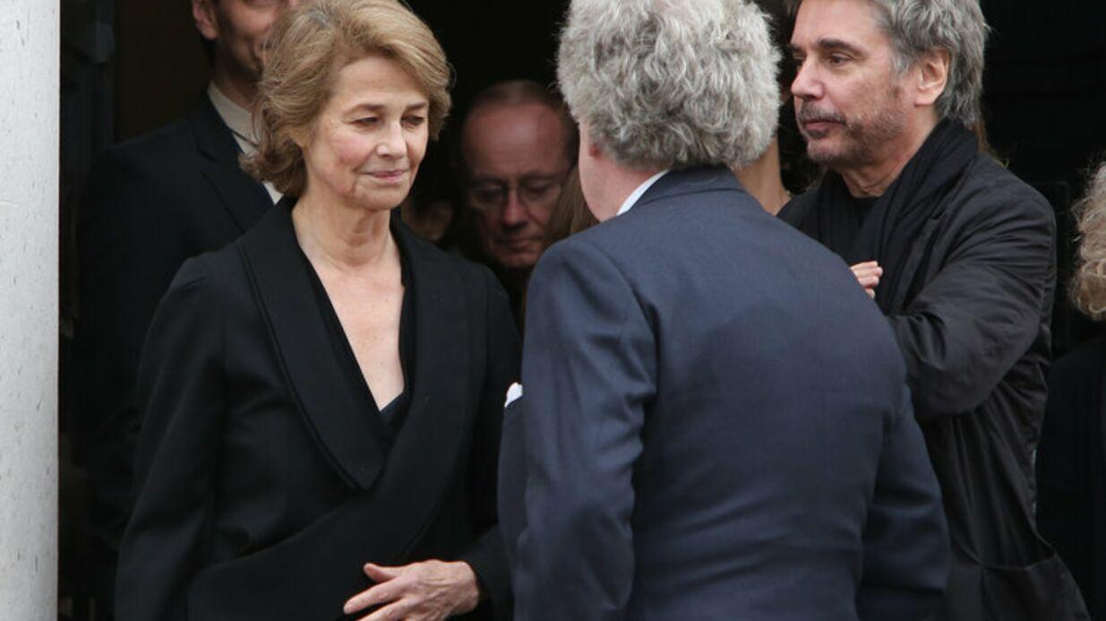 PHOTOS Charlotte Rampling digne et entourée aux obsèques de Jean-Noël Tassez