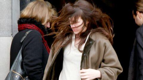 PHOTOS Charlotte Gainsbourg émue aux obsèques de Claude Miller
