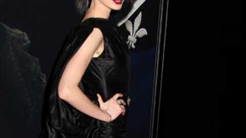 Photographiée L'ait Anne » « Hathaway Dévastée Qu'on Culotte Sans zGjSUVpqML