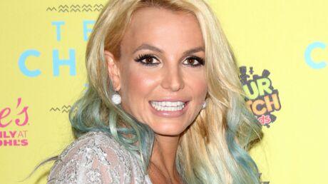PHOTOS Britney Spears exhibe son ventre plat sur Instagram