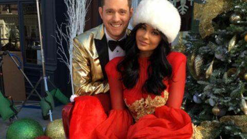 PHOTO Kylie Jenner pose en Mère Noël sexy au côté de Michael Bublé
