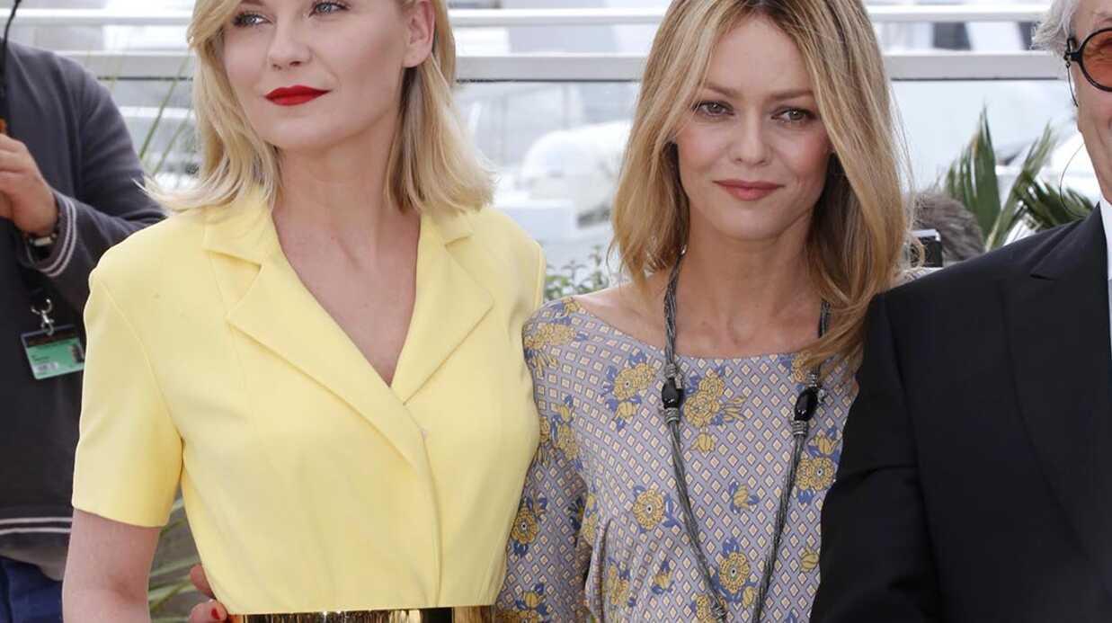 PHOTOS Cannes 2016: Vanessa Paradis et Kirsten Dunst ultra complices au photocall du jury