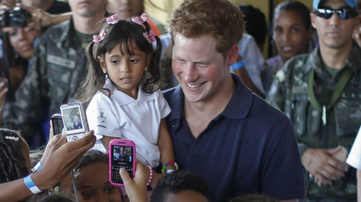 Le Prince Harry fait un tour à Rio de Janeiro