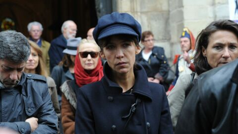 DIAPO Sophie Marceau bouleversée aux obsèques de Claude Pinoteau