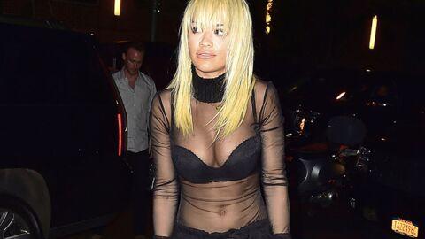 PHOTOS Rita Ora se balade à moitié nue dans les rues de New-York