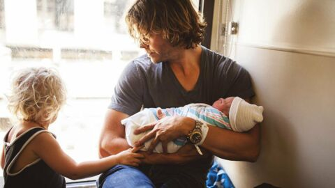 PHOTOS Eric Christian Olsen: l'acteur de NCIS est papa!