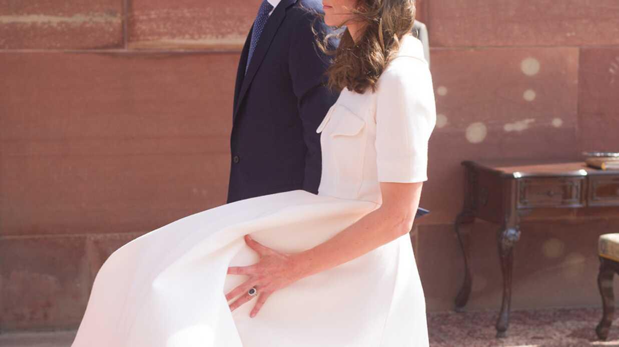 PHOTOS Piégée par le vent, Kate Middleton en dévoile un peu trop