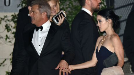 Mel Gibson officialise avec Rosalind Ross, sa petite amie de 24 ans