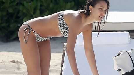 PHOTOS Jessica Alba ultra-sexy à Cancun avec son mec