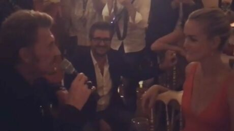 VIDEO Johnny Hallyday chante tout son amour pour Laeticia