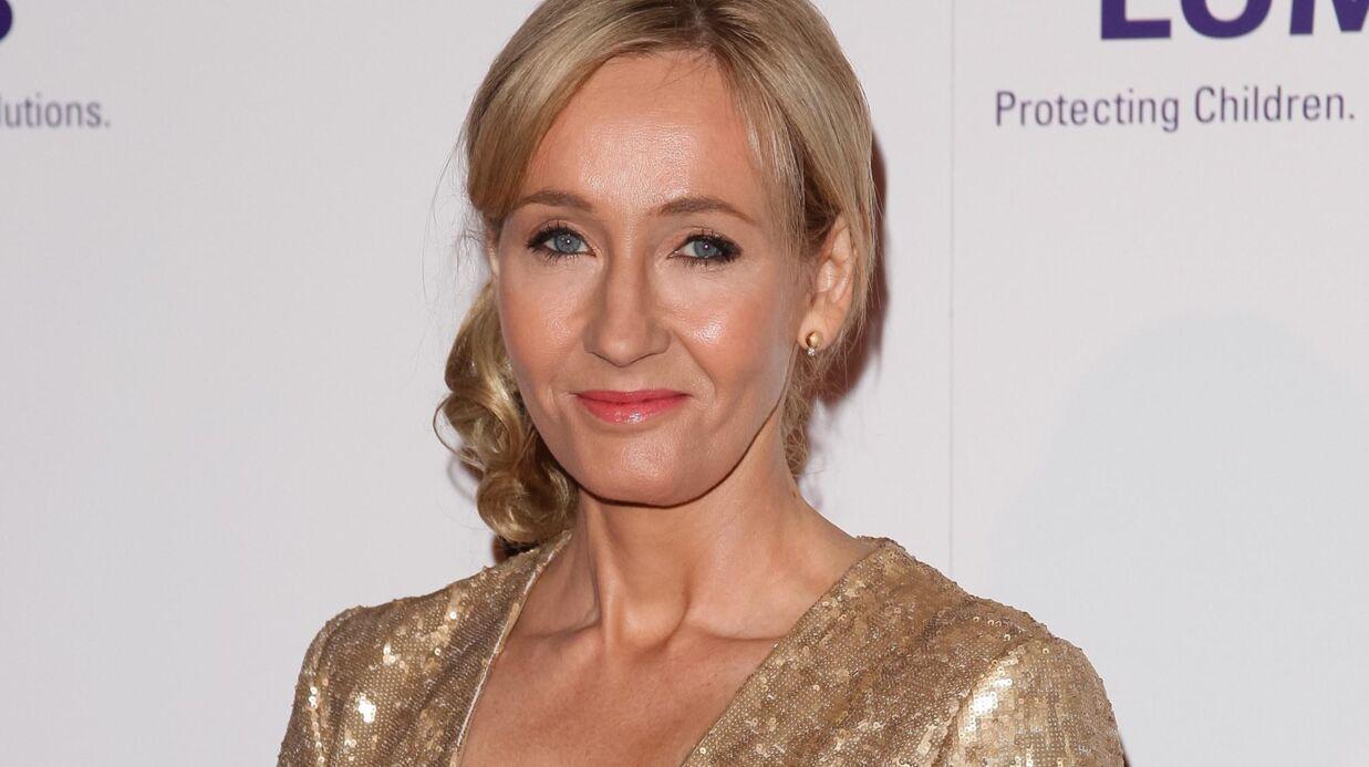Harry Potter: J.K. Rowling envoie un sort écrit de sa main à une fan ayant besoin de soutien