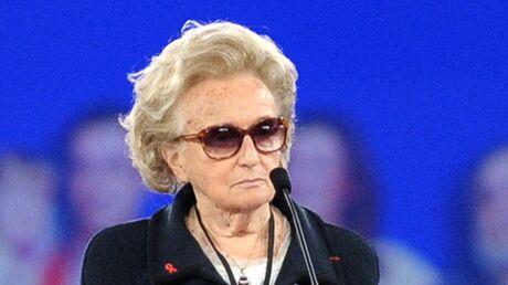LOOK Bernadette Chirac au meeting de Villepinte