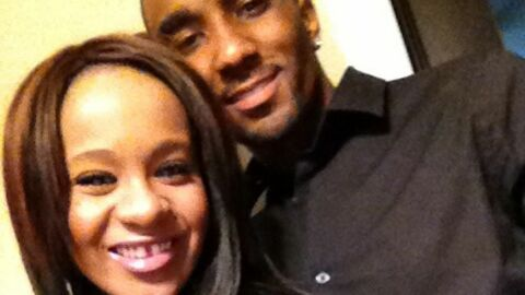 Le fils de Whitney Houston confirme sa relation avec Bobbi Kristina