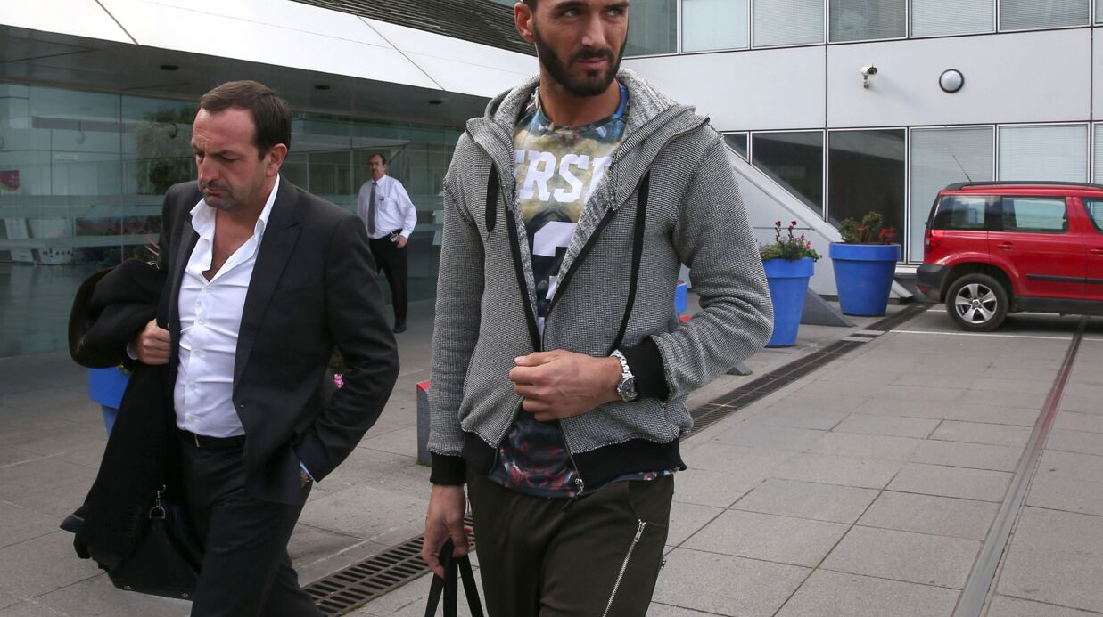 PHOTOS Affaire Nabilla: Thomas Vergara sort de l'hôpital