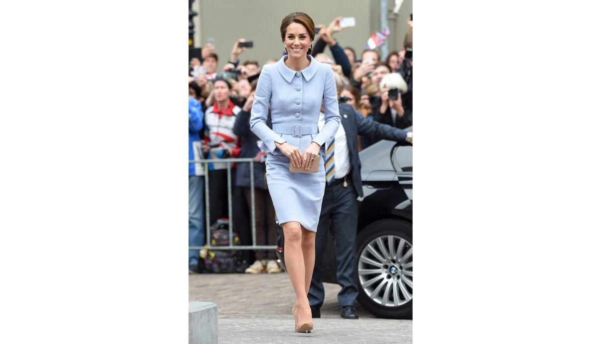 Kate Middleton emprunte des bijoux à la Reine d'Angleterre pour sa première sortie officielle en solo