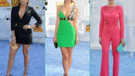 PHOTOS Jennifer Lopez ultra décolletée, Scarlett Johansson superbe aux MTV Movie Awards