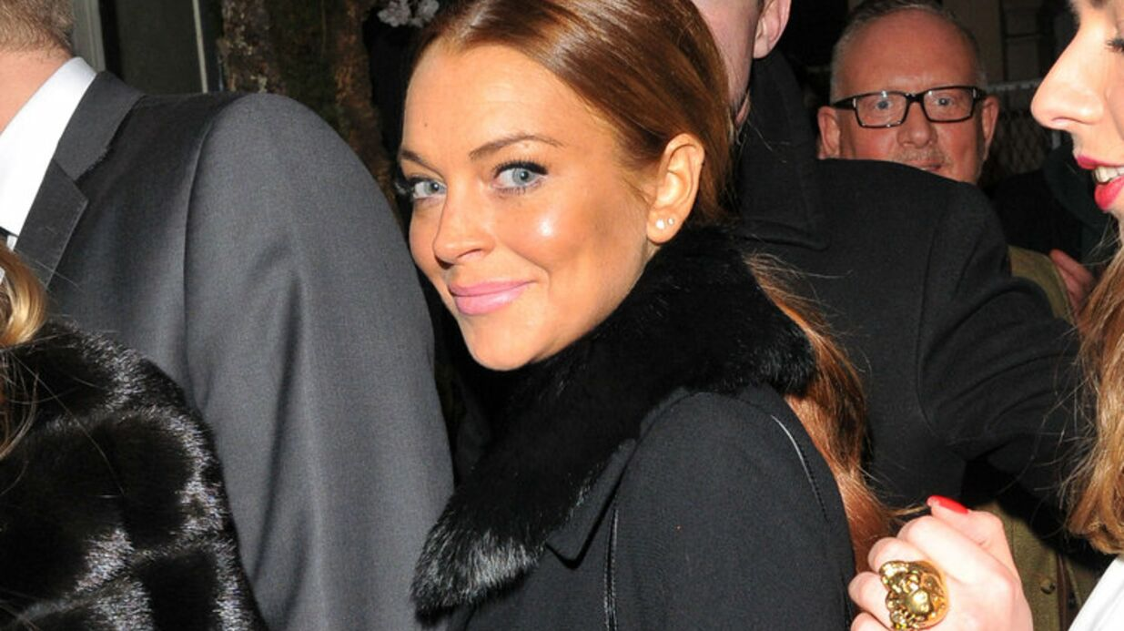 Lindsay Lohan fiancée à son petit ami russe de 22 ans?