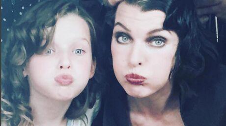 PHOTOS Milla Jovovich: sa fille de 9 ans pose pour Vogue avec les jumeaux de Patrick Dempsey