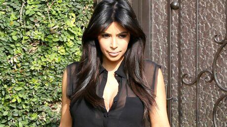 VIDEO Kim Kardashian exhibe ses baskets à 67 000 euros