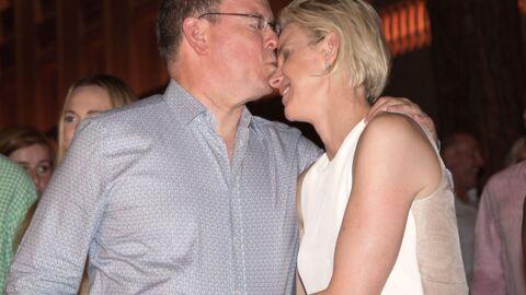 PHOTOS La touchante complicité amoureuse de Charlene et Albert lors d'un concert de Robbie Williams