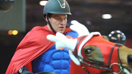 Benjamin Castaldi blessé lors d'une chute à cheval