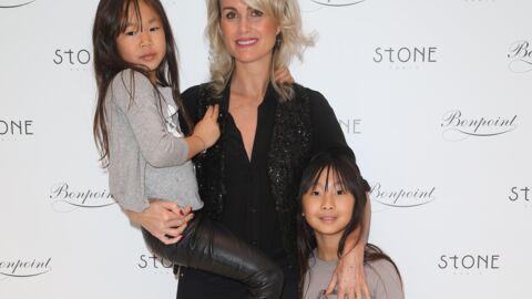 PHOTOS Laeticia Hallyday: une maman complice avec ses filles à la boutique Bonpoint