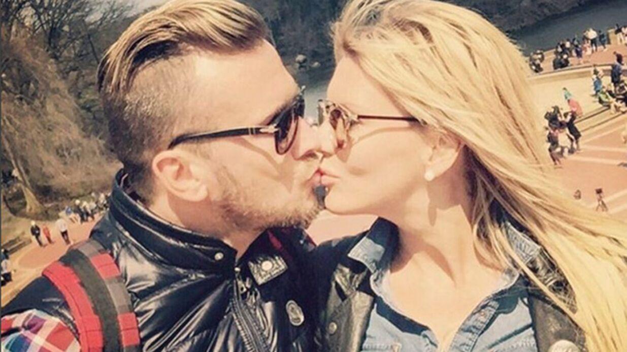 PHOTO Amélie Neten, très amoureuse, embrasse son amoureux et affiche son bonheur!
