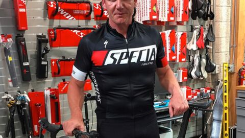 Gordon Ramsay secouru après une déshydratation lors d'un triathlon