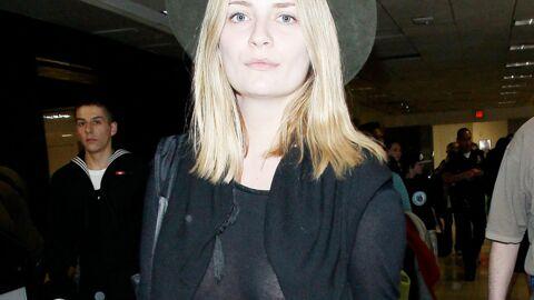 PHOTOS Mischa Barton seins nus à l'aéroport