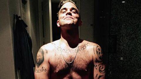 PHOTO Robbie Williams pose nu et se paye la tête de Kim Kardashian