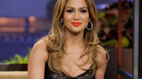 PHOTOS Jennifer Lopez ultra sexy dans sa robe cuir et dentelle