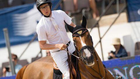 PHOTOS Quand Guillaume Canet monte à cheval, Marion Cotillard s'inquiète