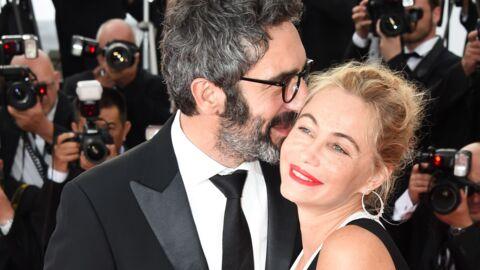 PHOTOS Emmanuelle Béart s'affiche en couple au Festival de Cannes