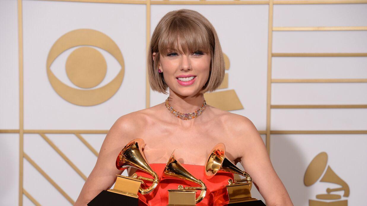 Taylor Swift: invitée à la remise de diplôme d'une fan, elle répond avec un bouquet de fleurs et un petit mot