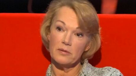 VIDEO Brigitte Lahaie: ado, sa mère lui demandait d'accueillir le facteur en nuisette