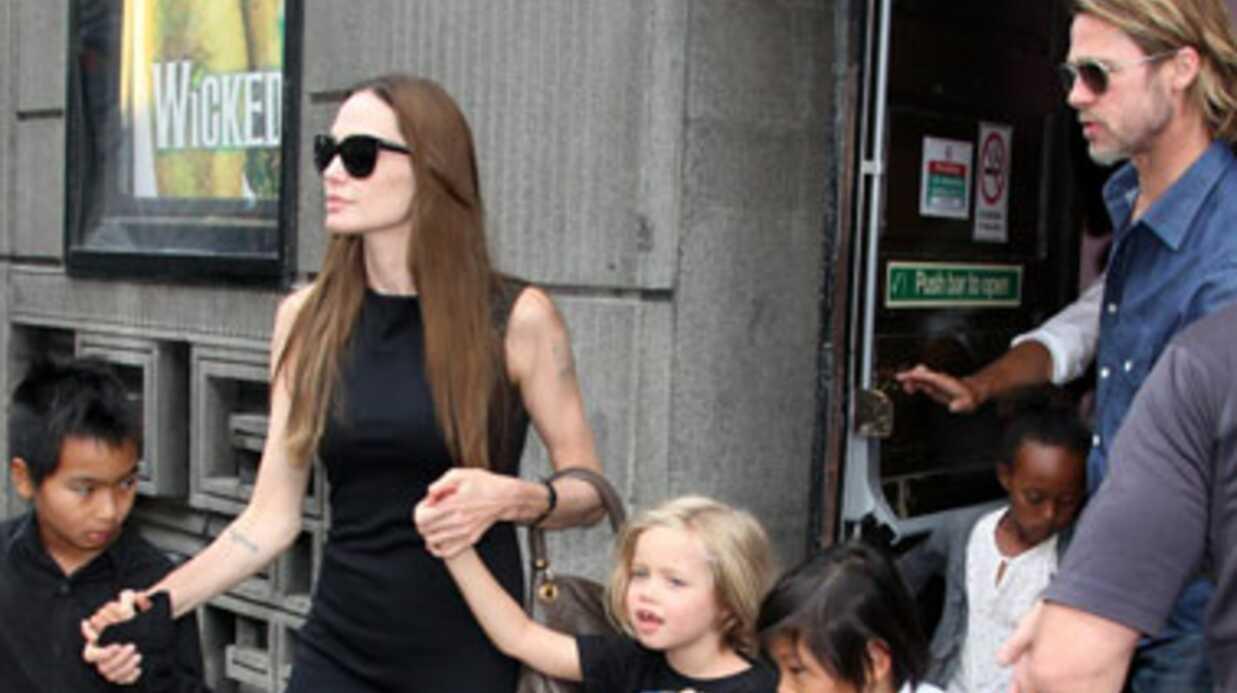 Brad Pitt: ses enfants font une bataille de nourriture dans une pizzeria