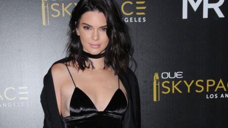 PHOTOS Kendall Jenner terriblement sensuelle en porte-jarretelles et lingerie fine
