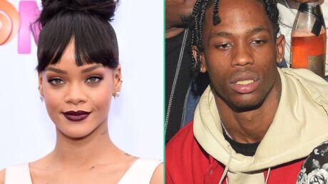 Rihanna très tactile avec son nouveau petit ami Travis Scott
