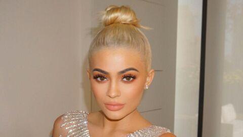 Kylie Jenner étonne la toile avec un nouveau lip kit couleur «suçon»