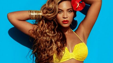 DIAPO Beyoncé pose en bikini pour une campagne H&M super sexy