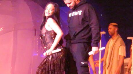 PHOTOS En robe transparente, Rihanna offre un twerk très hot à Drake sur scène
