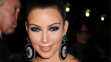 Kim Kardashian lâche 65 000 dollars pour des bijoux de Liz Taylor