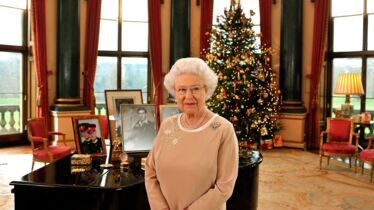 Merry royal Christmas