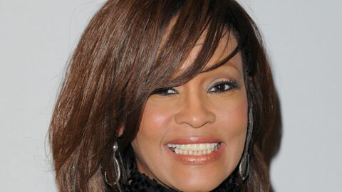 Whitney Houston a-t-elle vécu une love story avec son assistante ?