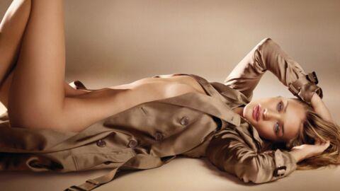 Rosie Huntington-Whiteley nue pour Burberry