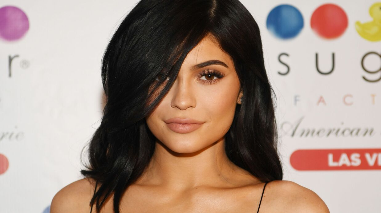 PHOTO Kylie Jenner très sexy en soutien-gorge transparent sur Instagram