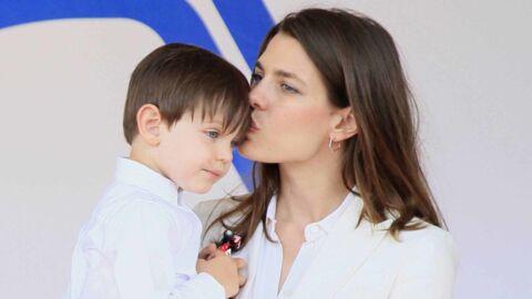 PHOTOS Charlotte Casiraghi et Gad Elmaleh: elle prend la pose avec leur fils Raphaël qui a bien grandi!