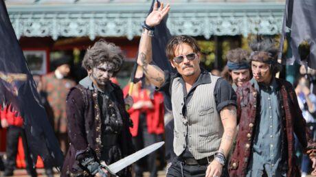 DIAPO Johnny Depp et l'équipe de Pirates des Caraïbes 5 débarquent par surprise à Disneyland Paris