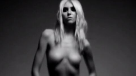 VIDEO Taylor Momsen entièrement nue pour The Pretty Reckless